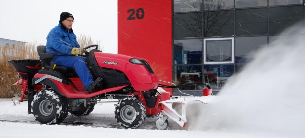 Zur Gewährleistung der Sicherheit muss ein Unternehmen auch den Winterdienst organisieren und dessekorrekte Durchführung kontrollieren.